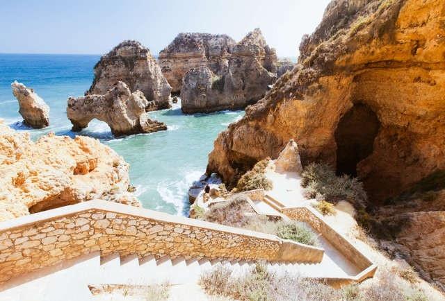 Điểm danh những bãi biển đẹp nhất Bồ Đào Nha - 2