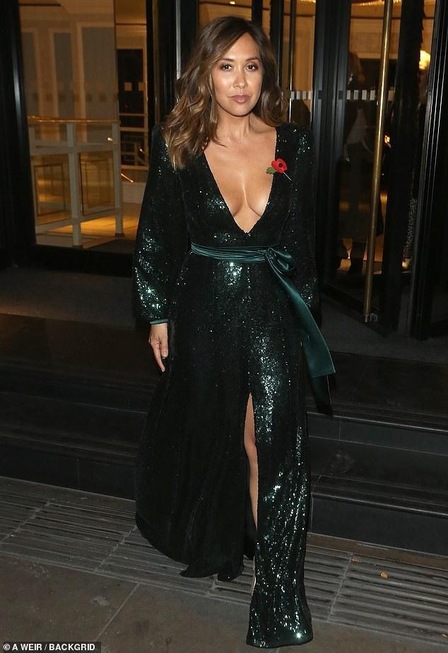 Myleene Klass đặc biệt thành công trong vai trò người dẫn chương trình các cuộc thi hoa hậu thế giới
