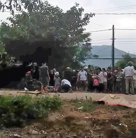 2 người lớn và 1 trẻ nhỏ tử nạn sau vụ va chạm xe máy kinh hoàng - Ảnh 1.