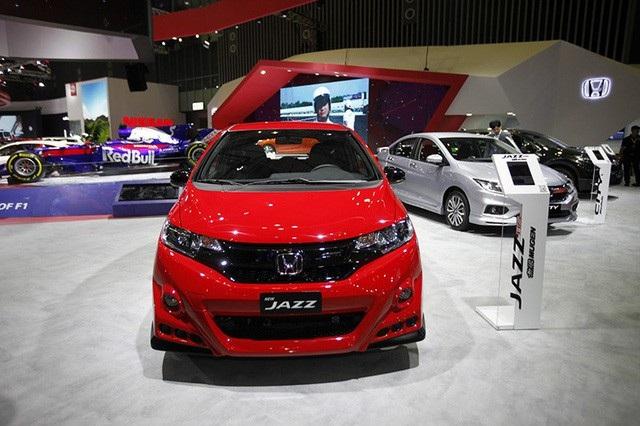 Triển lãm Vietnam Motor Show 2018 - Cuộc vui cuối chờ... VinFast - Ảnh 1.