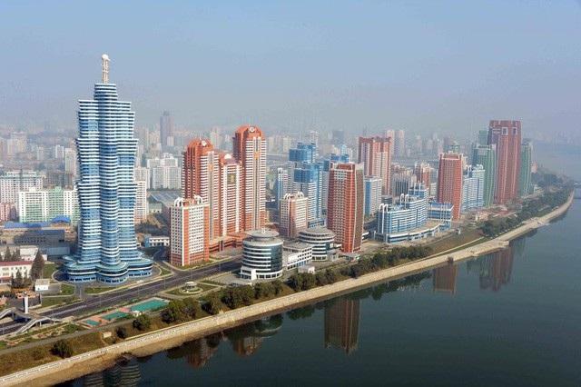 Thủ đô Bình Nhưỡng nhìn từ trên cao (Ảnh: Reuters)