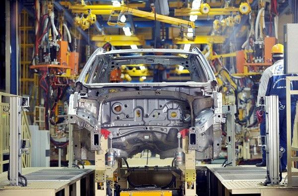 Tỷ lệ nội địa hoá của ô tô liên doanh vẫn dậm chân tại chỗ, không vượt quá 40%, điều kiện được hưởng thuế xuất 0% vào các thị trường ASEAN.