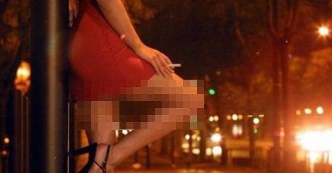 Nhiều vụ việc hoạt động mại dâm bị cơ quan công an phát hiện, có sự tham gia của sinh viên đã dấy lên nhiều lo ngại về giá trị đạo đức trong giới trẻ. (Ảnh: Minh họa- PLVN).