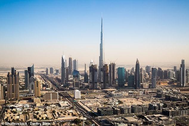 Nếu không muốn vào tù, du khách cần khai báo khi mang theo thuốc đến Dubai - 2