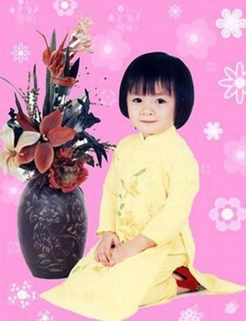 Theo nhạc sĩ Lê Xuân Thọ, Xuân Mai là một trong những ca sĩ nhí đầu tiên thể hiện thành công nhất ca khúc Con cò bé bé.
