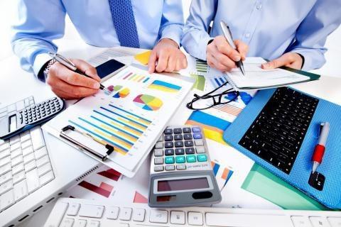 Ngành tài chính, ngân hàng có mức lương bình quân 87.991 rúp/ tháng