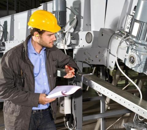 Ngành kinh tế Nga đang cần nhiều kỹ sư và công nhân tay nghề cao.
