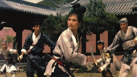 Những kiệt tác được chuyển thể từ truyện Kim Dung - Ảnh 8.