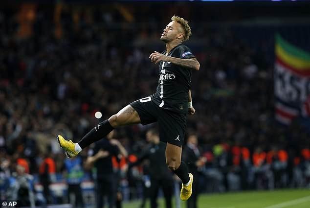 Neymar tỏa sáng với cú hat-trick ở trận đấu này