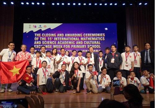 23/23 thí sinh của đoàn Việt Nam tham dự IMSO 2018 đều đạt giải.