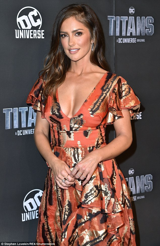 Minka Kelly quảng bá phim mới Titans tại New York ngày 3/10 vừa qua