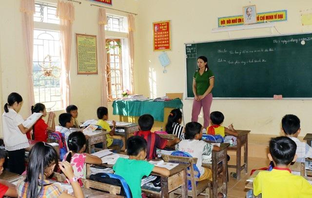 Trường Tiểu học Đôn Phục (Con Cuông, Nghệ An) giảm số tiết xuống còn 26 tiết/tuần thay vì 30 tiết/tuần như năm ngoái.