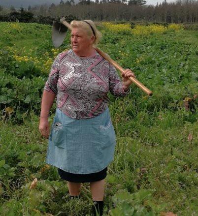 Một nông dân ở Tây Ban Nha được xem là phiên bản nữ của tổng thống Mỹ (Ảnh: RT)