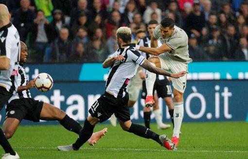 Udinese 0-2 Juventus: Vượt qua khó khăn, C.Ronaldo nổ súng - 7
