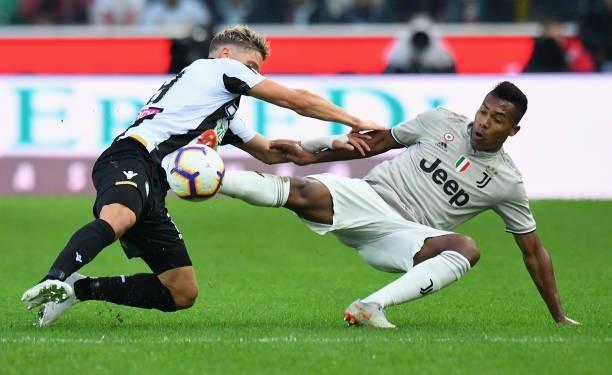 Juventus gặp khó khăn trước Udinese