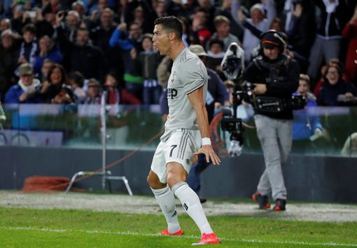 Udinese 0-2 Juventus: Vượt qua khó khăn, C.Ronaldo nổ súng - 4