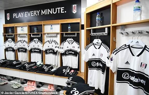 Trong phòng thay đồ của Fulham