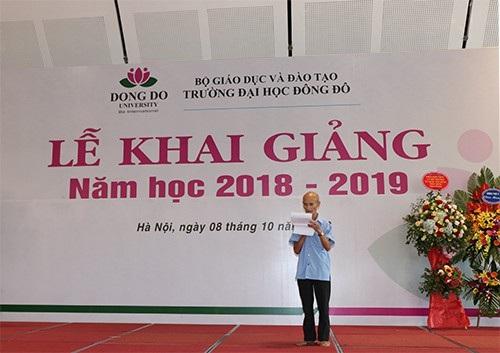 Cụ Linh đọc thơ trong Lễ khai giảng trường ĐH Đông Đô năm học 2018 - 2019