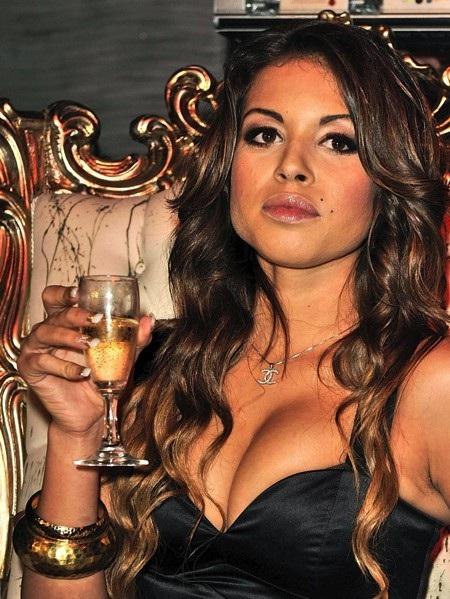 C.Ronaldo cũng vừa dính vào lùm xùm liên quan đến gái gọi Karima El Mahroug