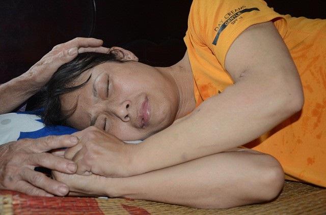 Chị Tuyền mắc căn bệnh suy thận giai đoạn cuối , phải chạy thận 3 buổi/tuần