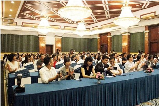 Sự kiện thu hút các học sinh, sinh viên và phụ huynh Việt Nam tham dự.