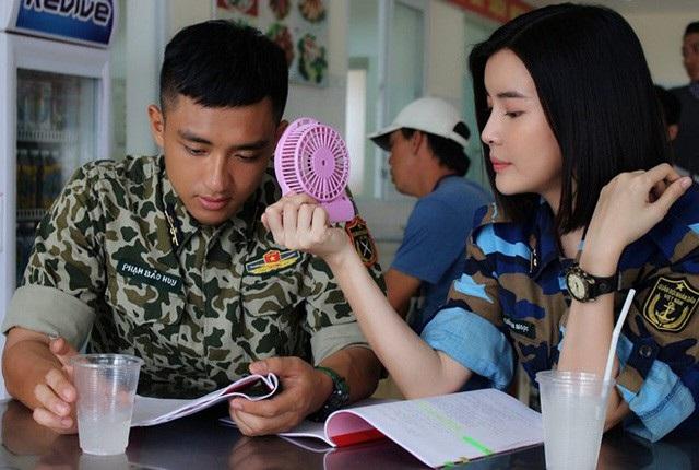 Một cảnh trong phim Hậu duệ mặt trời phiên bản Việt.