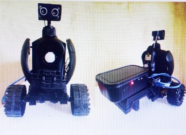 Mô hình robot an ninh của em Kim Loan.
