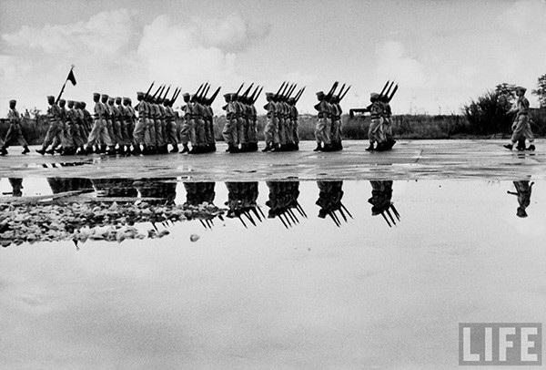 Quân Pháp ở Gia Lâm.