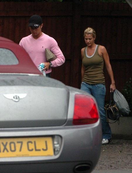 … và nữ diễn viên Gemma Atkinson đã từng qua lại với C.Ronaldo