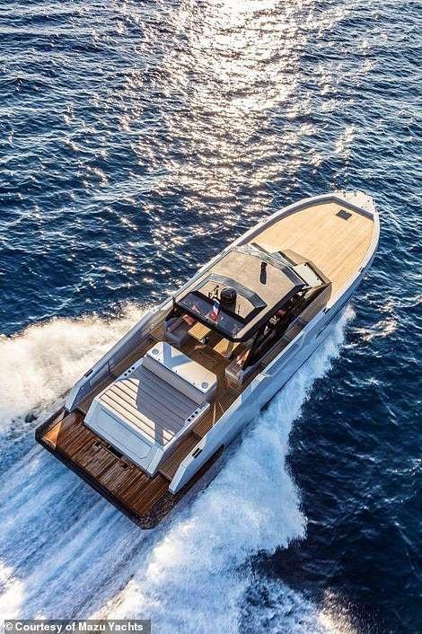 Du thuyền cao tốc sang trọng nhất thế giới với giá 24 tỉ đồng trông như thế nào? - 5