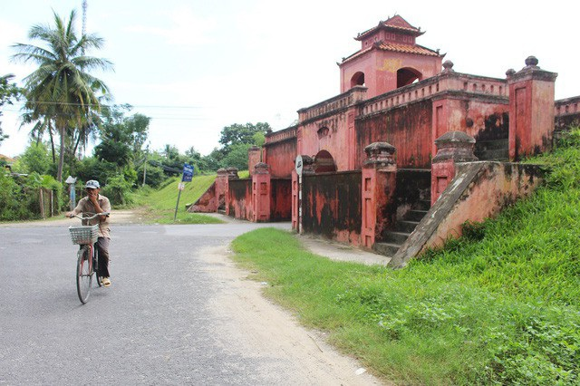 Thành cổ Diên Khánh có giá trị nhiều mặt về lịch sử, văn hóa, khoa học nên được xếp hạng là di tích cấp quốc gia