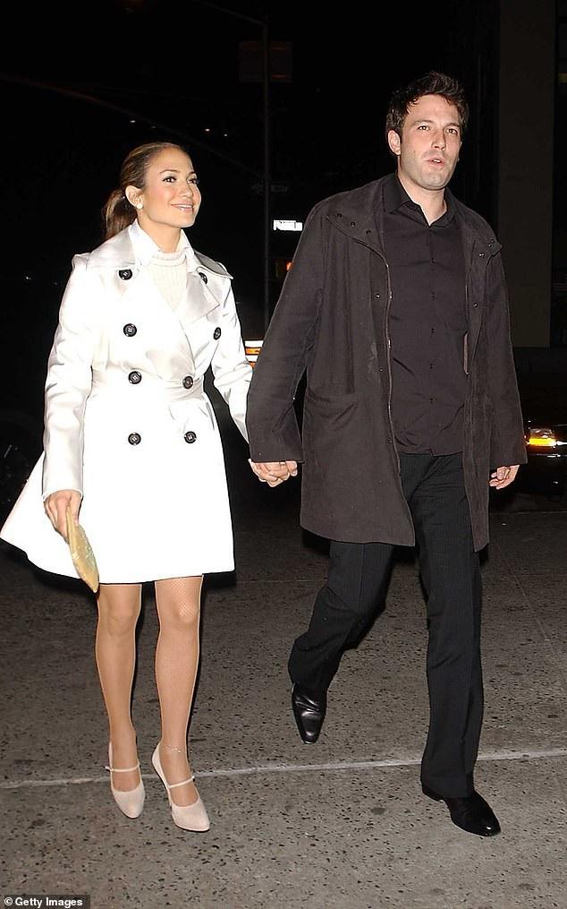 Jennifer và Ben Afleck từng có mối tình đẹp từ năm 2002 tới năm 2004.