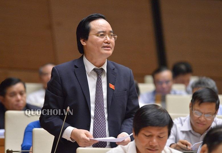 Bộ trưởng Phùng Xuân Nhạ nói về lãng phí sách giáo khoa - Ảnh 1.