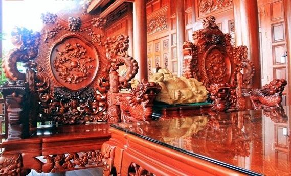 Bộ gỗ lim quý hiếm của đại gia Điện Biên