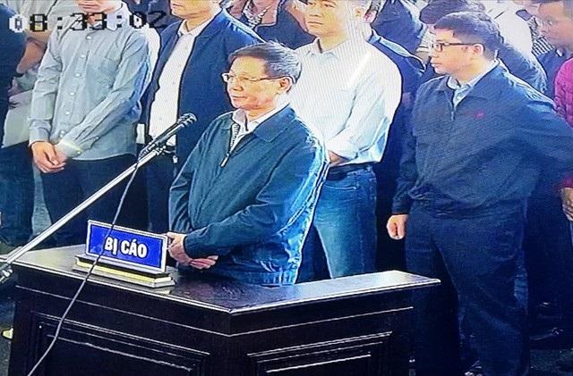 Đề xuất không công khai bản án lên Cổng thông tin điện tử TAND tỉnh Phú Thọ được HĐXX chấp thuận đang gây tranh luận trong giới luật.