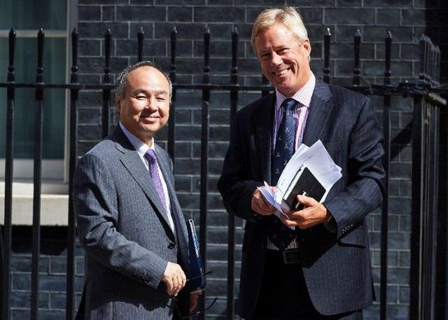 Không chỉ doanh nhân, nhiều chính trị gia Nhật Bản cũng thành thạo Anh ngữ nhờ kiên trì học tiếng Anh.