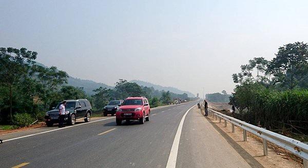 Đường Hoà Lạc - Hoà Bình là tuyến đường được làm mới hoàn toàn.