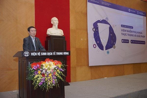 PGS.TS Nguyễn Trần Hiển, nguyên Viện trưởng Viện vệ sinh dịch tễ T.Ư. phát biểu tại hội thảo