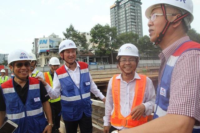 """Tháng 6/2018, Phó Chủ nhiệm Ủy ban Kinh tế Quốc hội Nguyễn Đức Kiên dẫn đầu đoàn công tác vào thị sát tuyến metro số 1 để """"gỡ rối"""" cho TPHCM"""