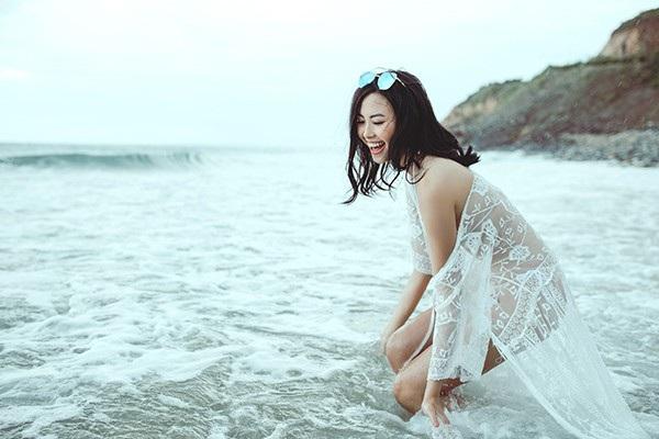 """Đào Hà nóng bỏng từng centimet sau hai năm """"ẩn thân"""" khó hiểu - 9"""