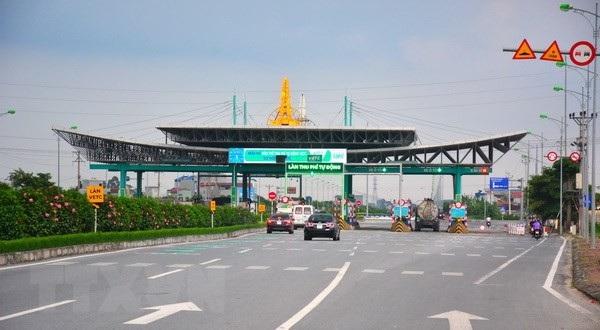 Trạm BOT Mỹ Lộc (Nam Định) trong cảnh vườn không nhà trống, không thể thực hiện việc thu phí thời gian qua