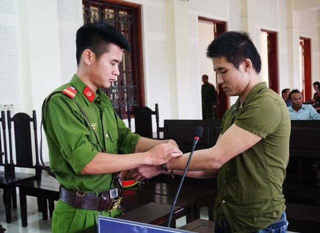 Với 2 tội danh Giết người và Cướp tài sản, Nguyễn Đình Lực phải lĩnh 22 năm tù.