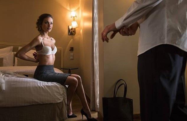 Chồng lang chạ bên ngoài nhưng lại đổ tội vì vợ mà hôn nhân tan vỡ - 1