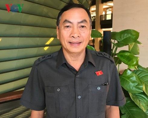 Đại biểu Phạm Văn  Hòa