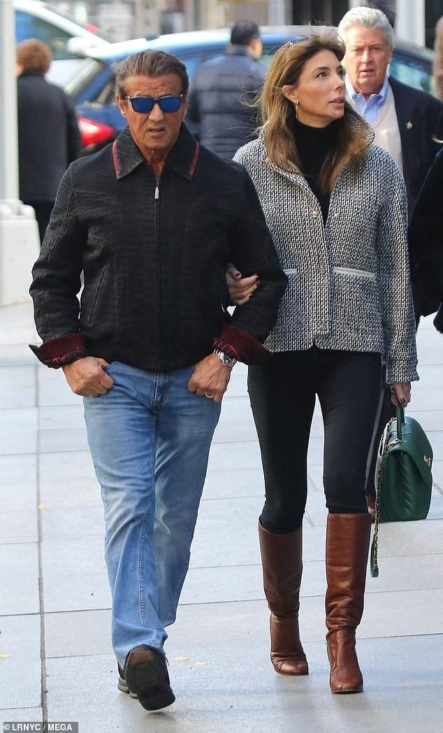 Sylvester Stallone rất cưng chiều vợ con và thường xuyên đưa cả gia đình đi du lịch mỗi khi rảnh rỗi