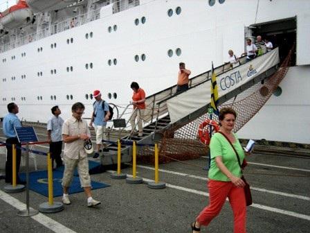 Du lịch tàu biển Đà Nẵng phát triển và còn tiềm năng với nhiều lợi thế