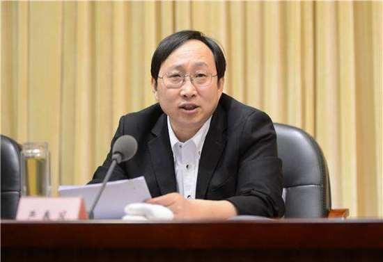 Ông Yan Chunfeng (Ảnh: JQK News)