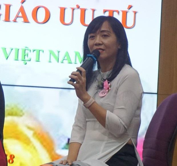 Cô Nguyễn Ngọc Hạnh kể về kỷ niệm chiếc phong bì đáng nhớ như một dấu ấn trong sự nghiệp