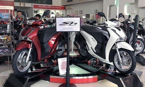 Honda SH tiếp tục dẫn đầu thị trường về mức chênh so với giá đề xuất.