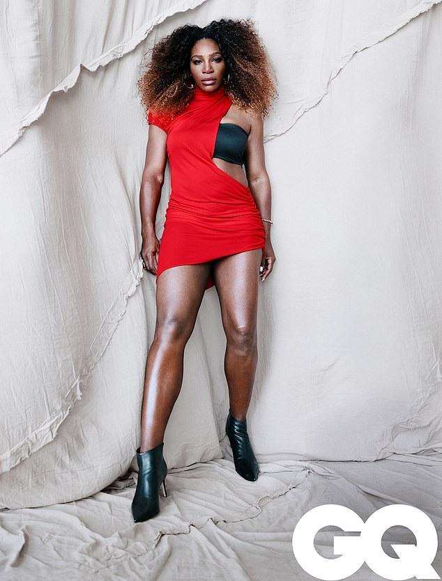 Nữ vận động viên quần vợt người Mỹ Serena Williams (37 tuổi)